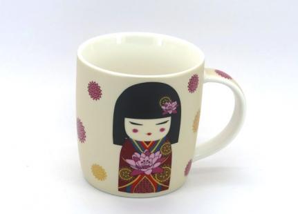 Κούπα Geisha με μαύρα μαλλιά